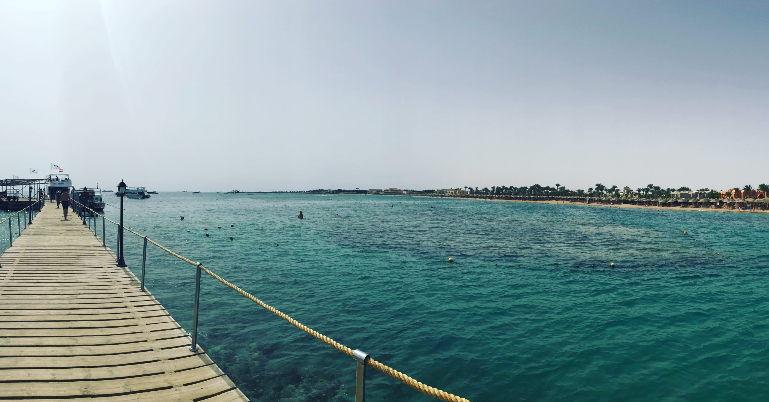 Ancient Egypt pharaohs & relaxing at the red sea