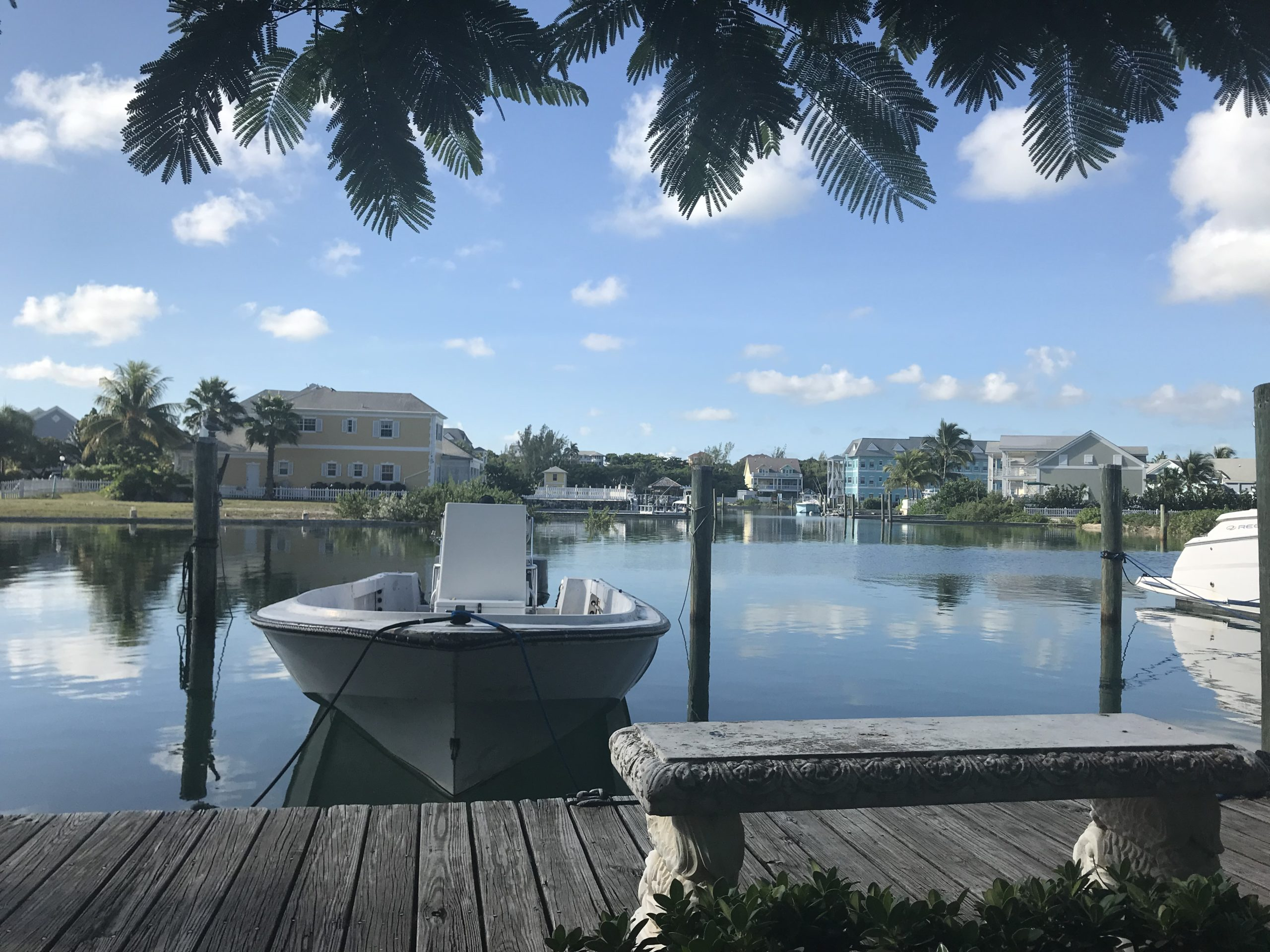 Last Minute Trip Bahamas: How to enjoy the blue paradise on a low budget