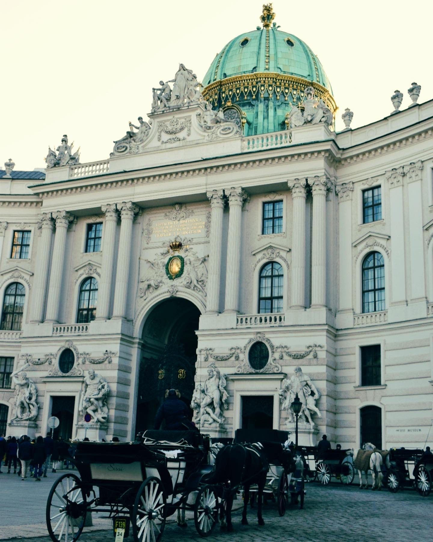 A short visit of old neighbors and new friends – Vienna here we come!