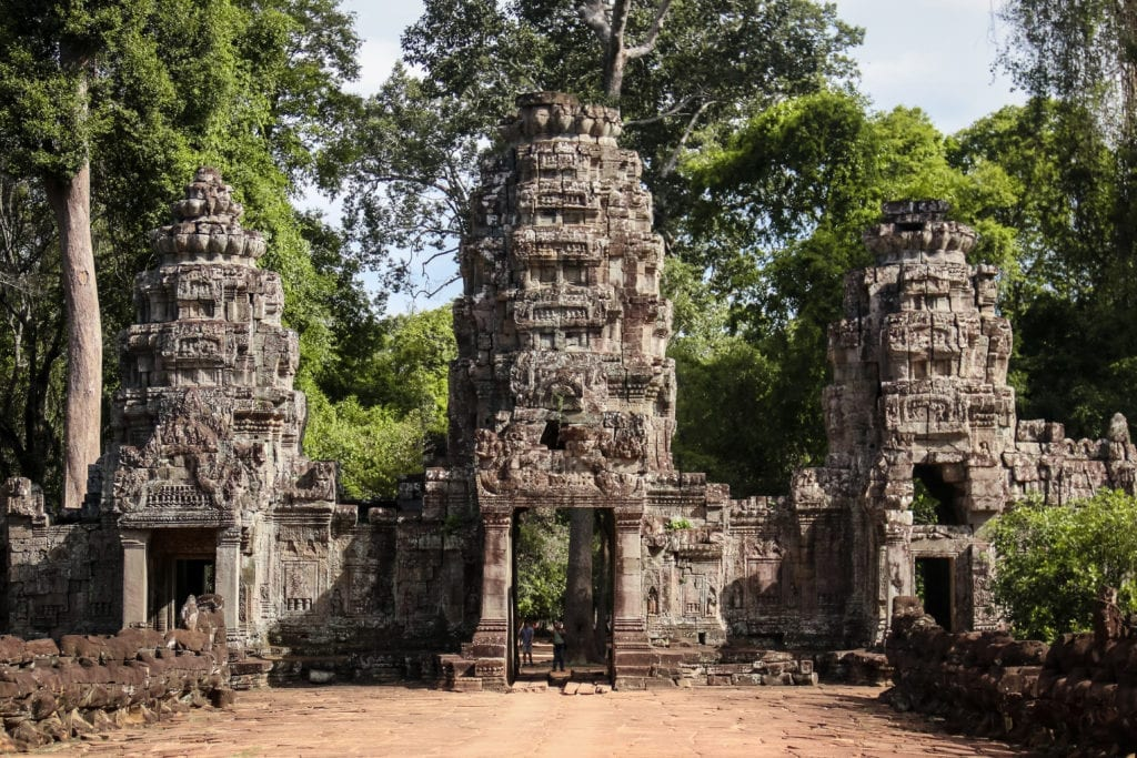 Angkor Wat part 2 – Complete the circuit with the pink temple