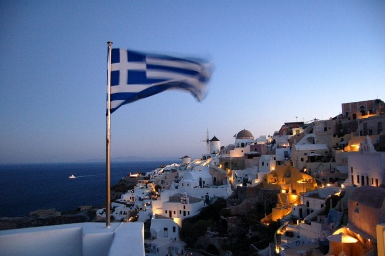 16 Must-Have Greece Packing List Travel Gadgets For The Perfect Trip In 2021