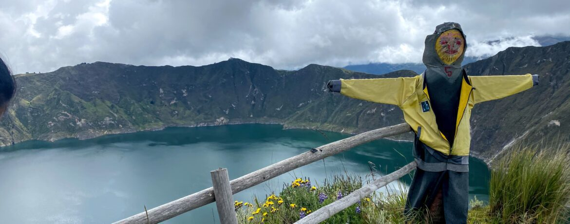 Quilotoa… Trekking around its crater and lagoon.