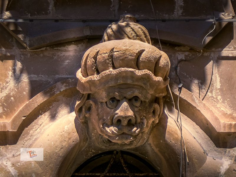 Scicli, unusual tour between masks and Sicilian baroque
